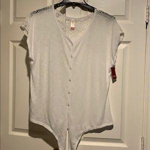 Boho laced back sleeveless (cap) top